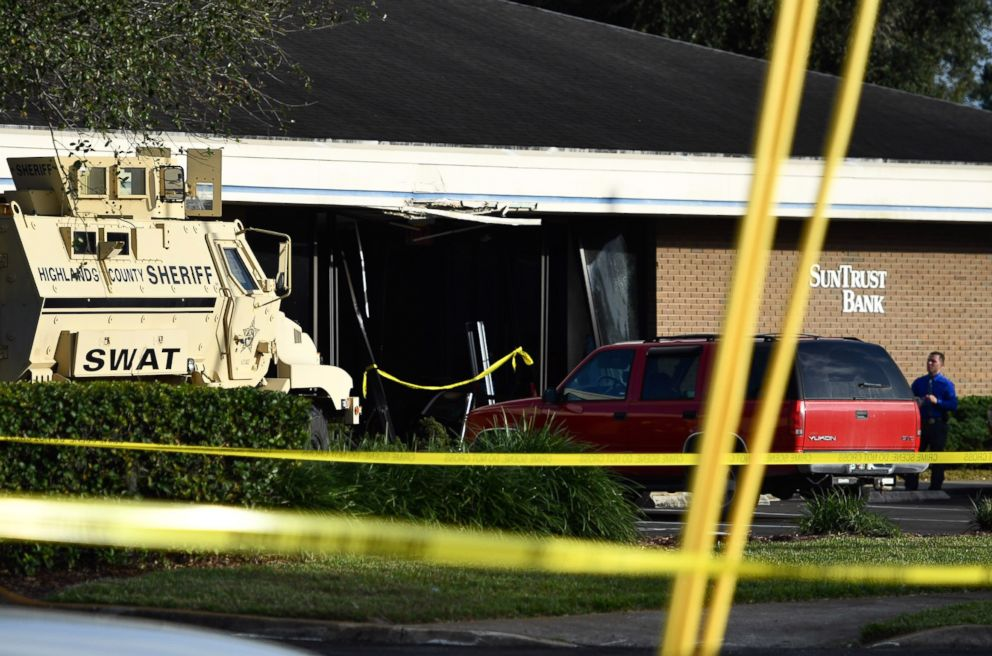 PHOTO: Five people were killed, Jan. 23, 2019, at a SunTrust Bank branch in Sebring, Fla., after a man identified as Zephen Xaver entered the building and began shooting.
