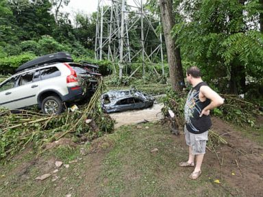 Heavy rain drenches Northeast tropical depression to soak Carolinas