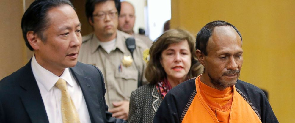 PHOTO: Jose Ines Garcia Zarate, right, is led into the courtroom by San Francisco Public Defender Jeff Adachi, left, and Assistant District Attorney Diana Garciaor, center, for his arraignment at the Hall of Justice in San Francisco on July 7, 2015.