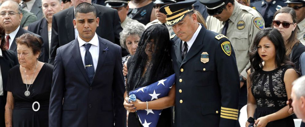 funeral held for houston police sergeant who died on his way to work
