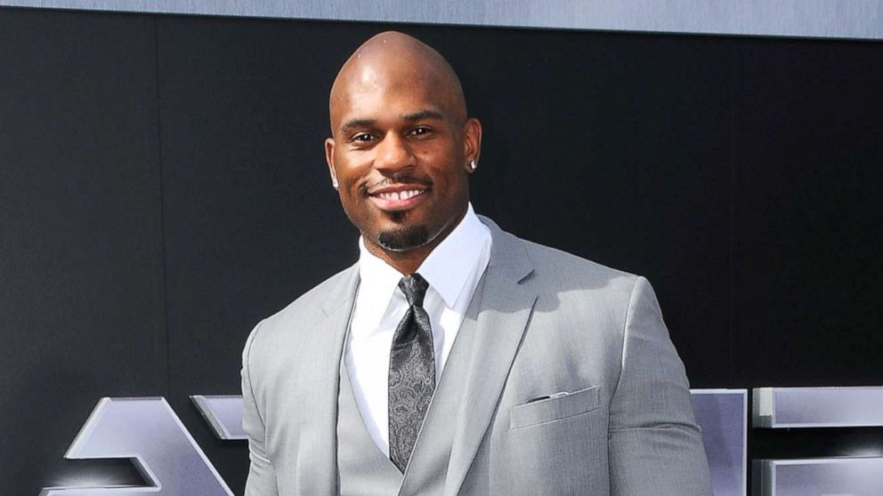 Body found on LA beach identified as WWE pro Shad Gaspard thumbnail