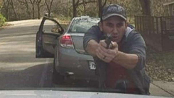 https://s.abcnews.com/images/US/shooting-1-ht-er-181114_hpMain_16x9_608.jpg