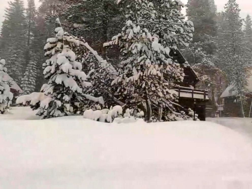 PHOTO: Snow fell in the highest elevations of the Sierra Nevada over the course of 10 days.