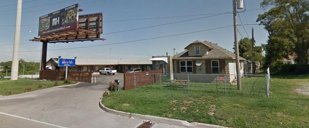 PHOTO: Sky-Vu Motel at 8300 E. Highway 40 in Kansas City, Missouri.