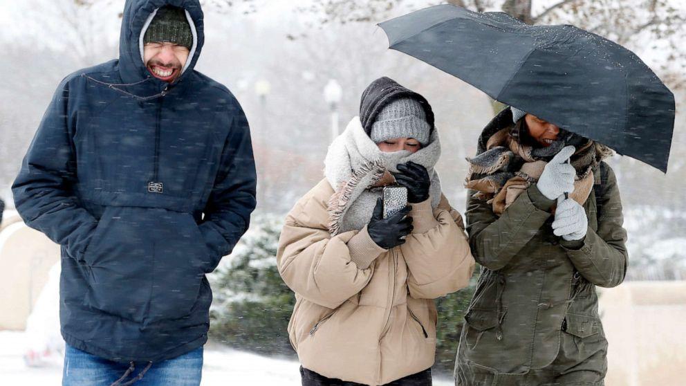 Rekord-Kälte trifft mittleren Westen, bevor die Temperaturen entlang der östlichen Küste