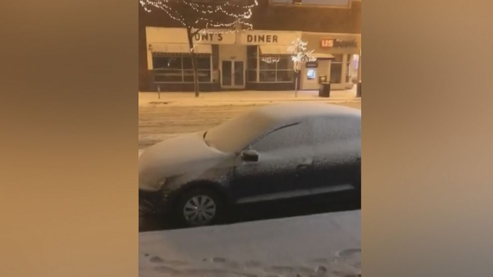 More than 400 car crashes in Minnesota after snow, intense