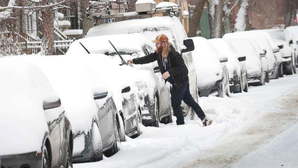 https://s.abcnews.com/images/US/snow-new-york-gty-jpo-190119_hpMain_16x9_608.jpg