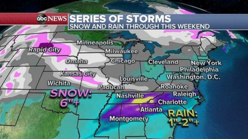 PHOTO: As much as 6 inches of snow is possible in the Kansas City area through the weekend.