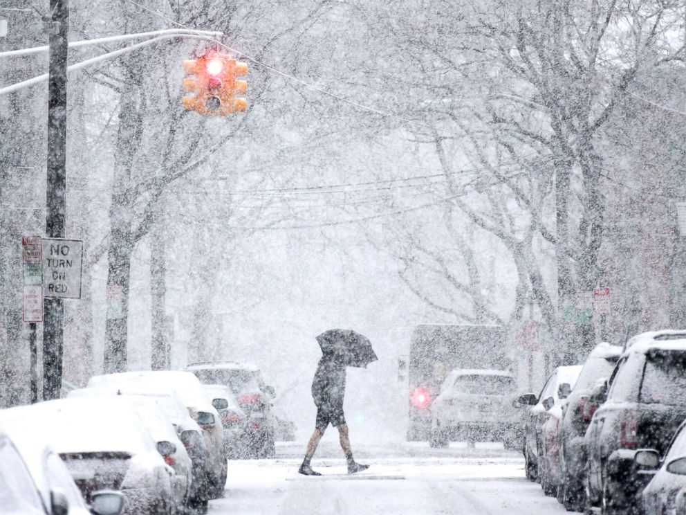 Thundersnow Flashes Across NYC During Nor'easter