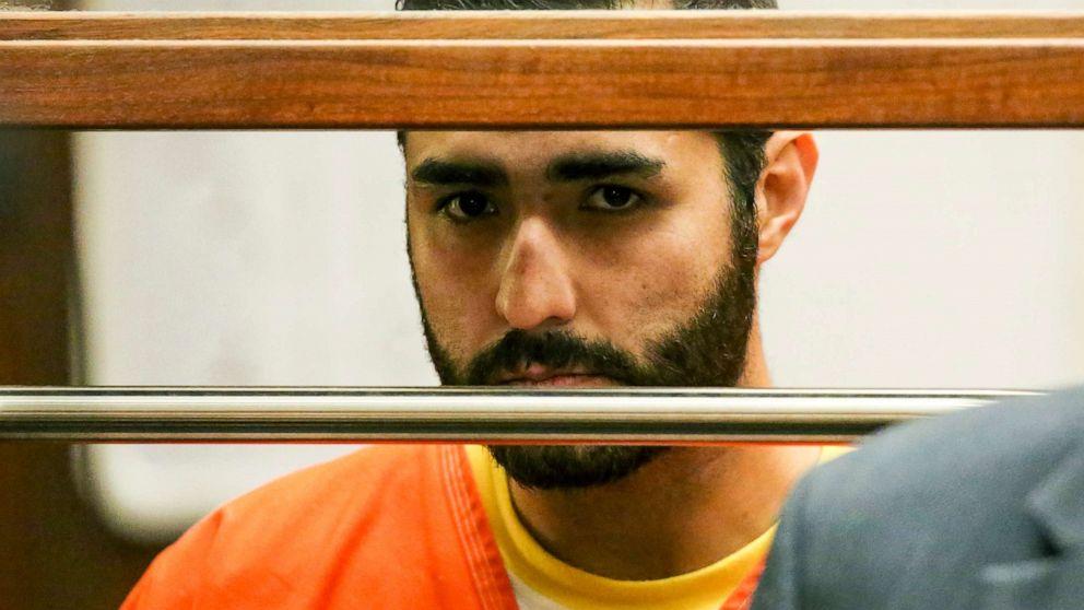 Ex-Polizist verurteilt zu 40 Jahren zu Leben für den Mord an einem Mann vor einer bar