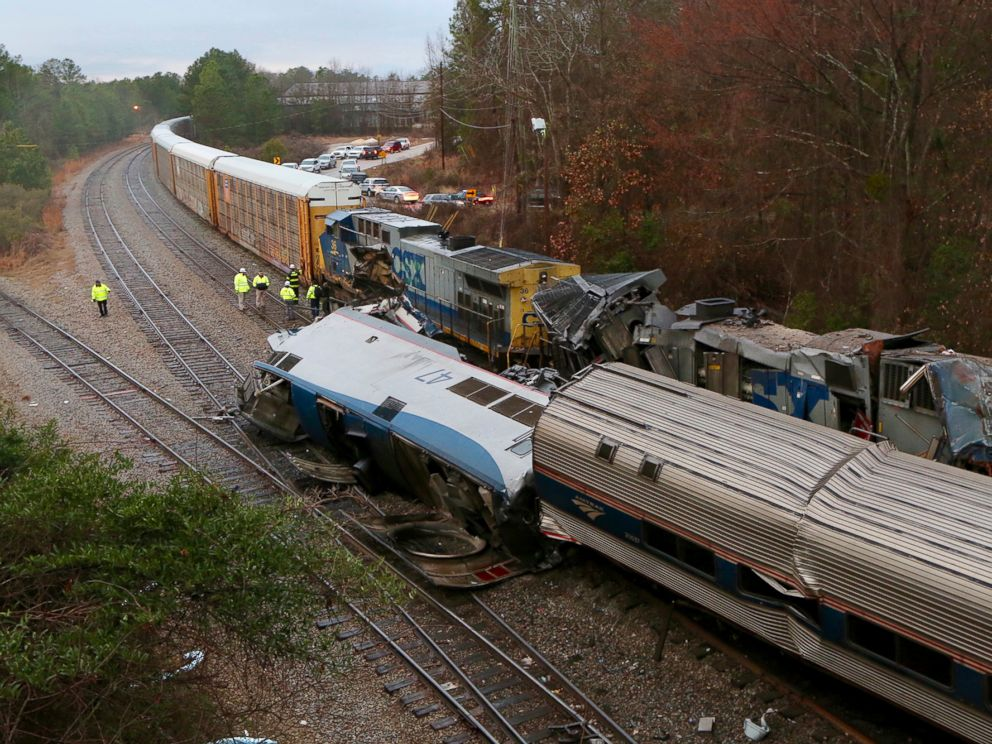 Amtrak train on wrong track in deadly crash; it says ...