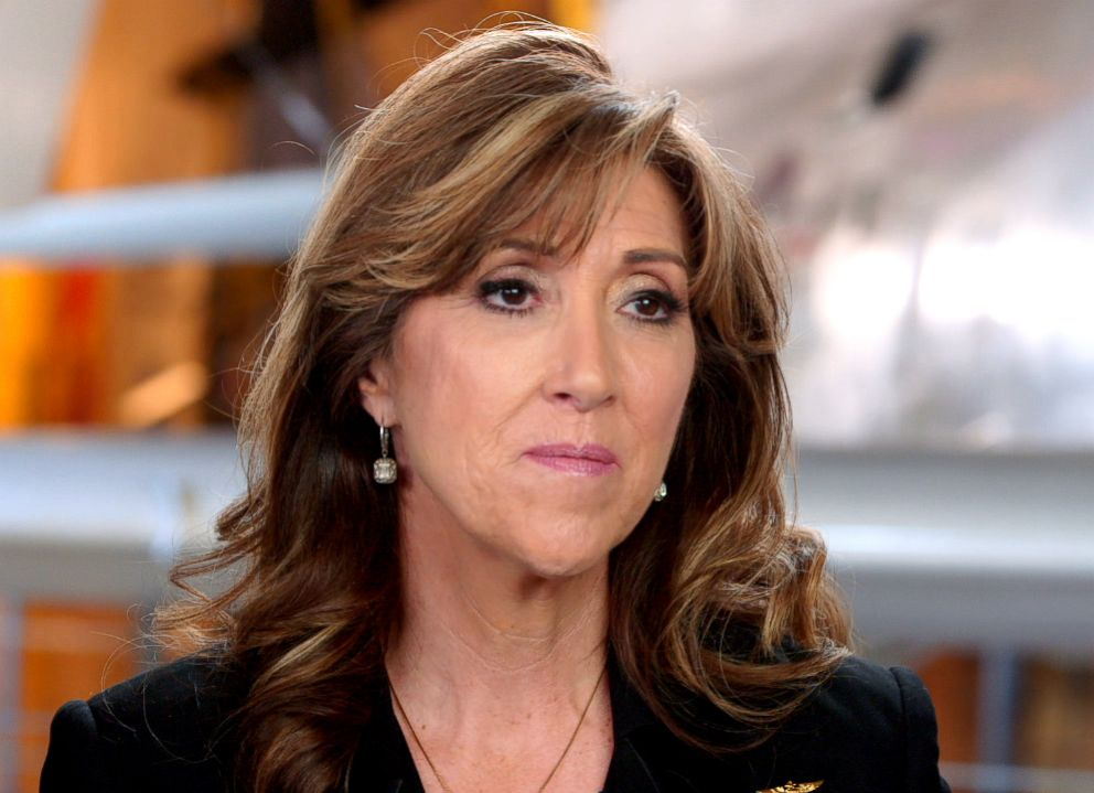 PHOTO: Southwest Airlines pilot Tammie Jo Shults.
