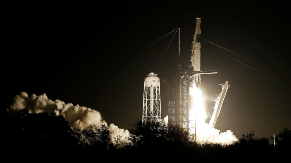 SpaceX launches rocket bound for International Space Station