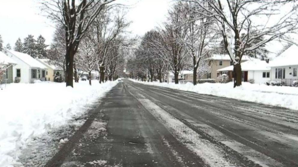 APRIL SNOW TO HIT DC NYC BOSTON
