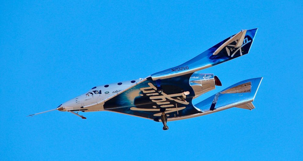 PHOTO: Virgin Galactic reaches space for the first time during its 4th powered flight from Mojave, Calif., Dec. 13, 2018.