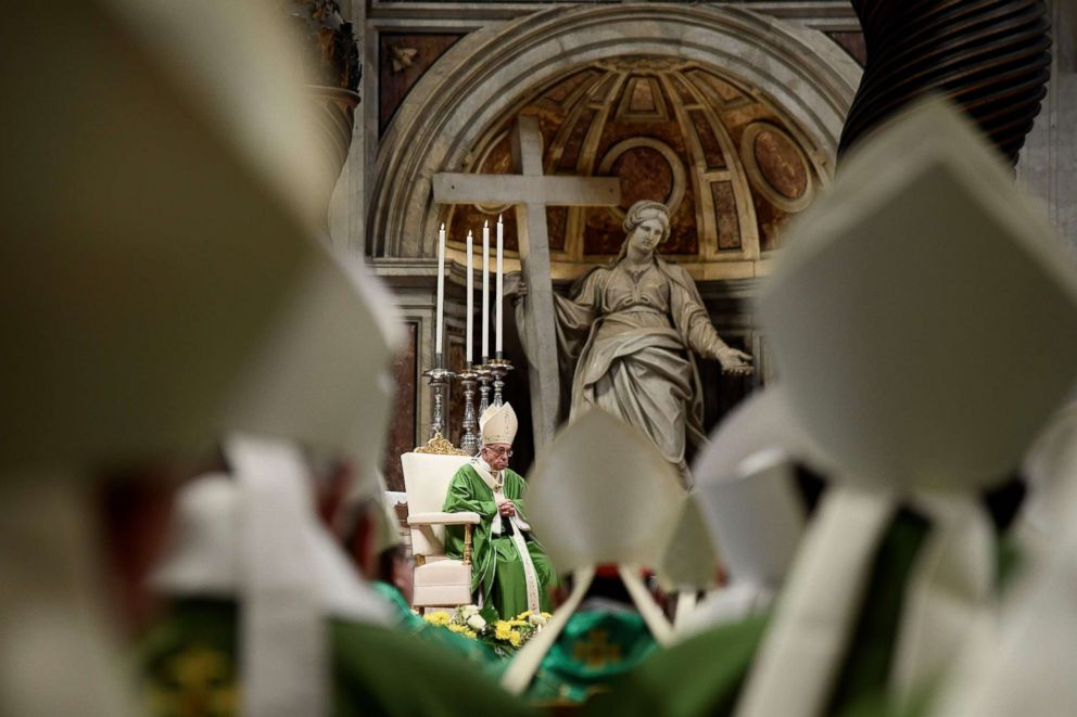 PHOTO: Pope Francis celebrates a closing mass at the end of the Synod of Bishops at the Saint Peters Basilica in the Vatican, Oct. 28, 2018.