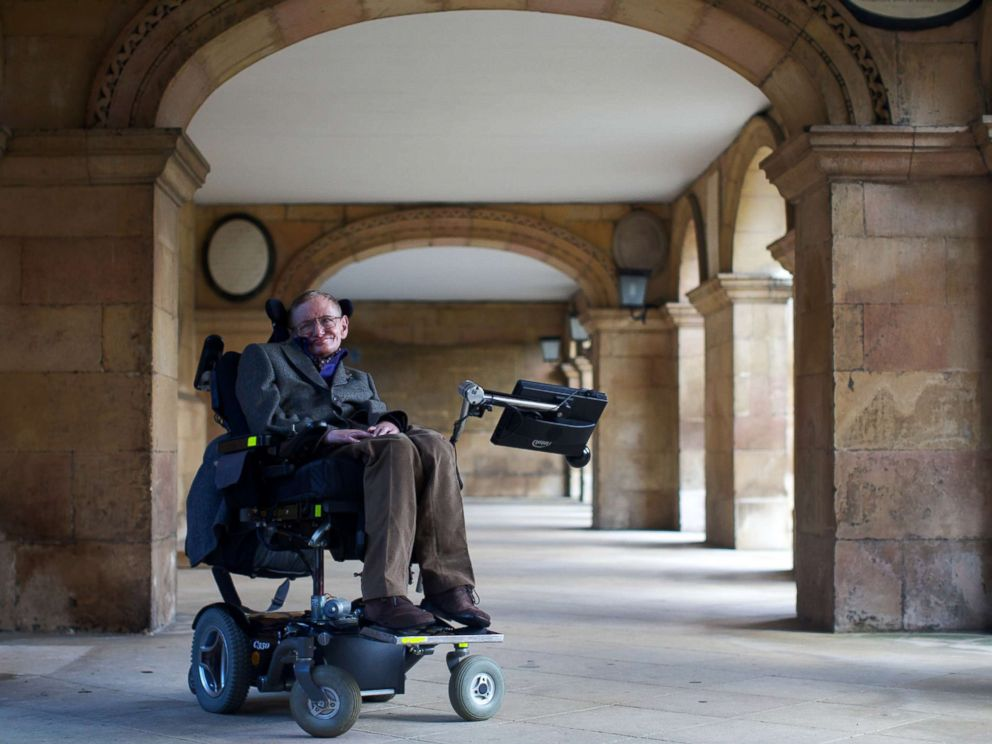 PHOTO: Theoretical physicist Stephen Hawking poses during a screening of the documentary Hawking, a film about the scientists life, in Cambridge, Sept. 19, 2013.
