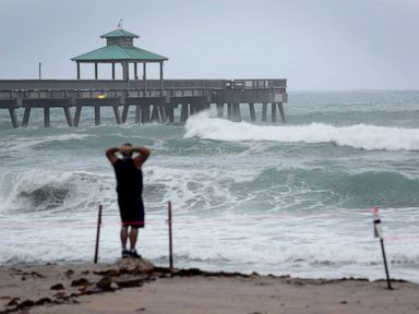 Tropical Storm Isaias nears Florida before heading for the Carolinas