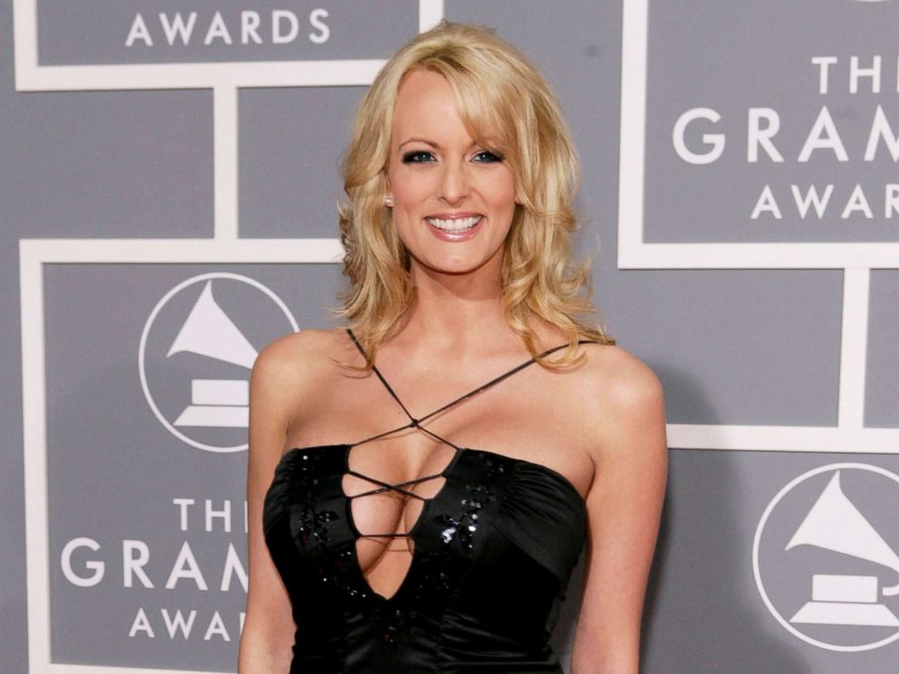 PHOTO: Stormy Daniels arrives for the 49th Annual Grammy Awards in Los Angeles, on Feb. 11, 2007.