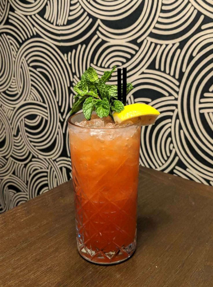 PHOTO: Mixologist Milos Stevanovic from the Commons Club at the Virgin Hotel in Chicago shared this recipe for a lavender infused mocktail with GMA.