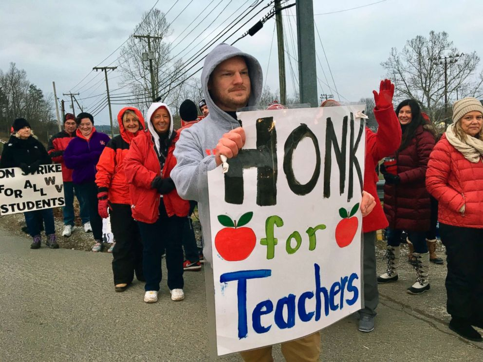 West Virginia teachers to return to classes after 2nd day of