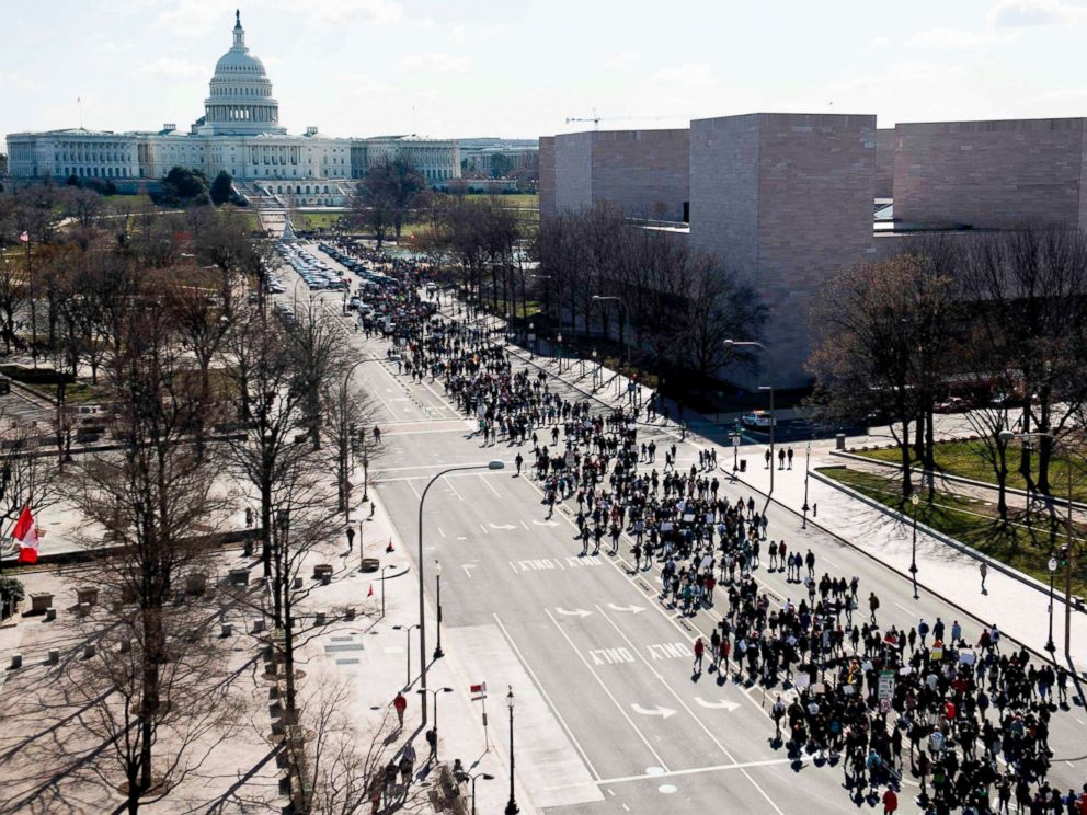 PHOTO: Thousands of local students march down Pennsylvania Avenue to the U.S. Capitol during a nationwide student walkout for gun control in Washington, D.C., March 14, 2018.