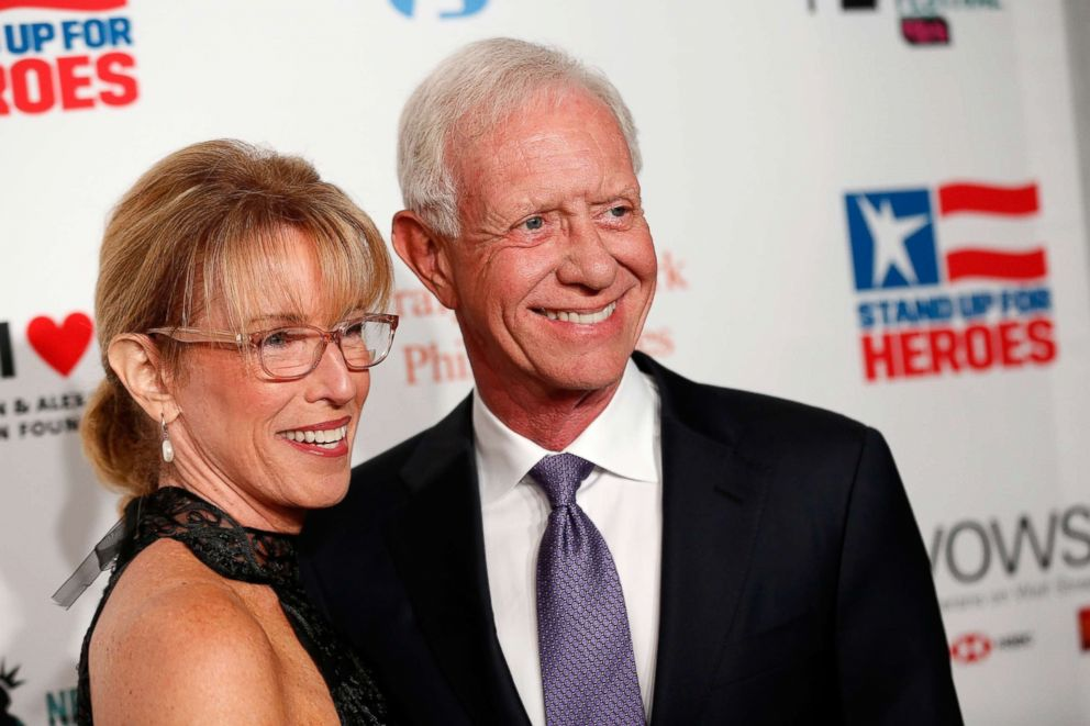 PHOTO: Capt. Chesley Sully Sullenberger (R) and Lorrie Sullenberger attend The New York Comedy Festival and The Bob Woodruff Foundation present the 12th Annual Stand Up For Heroes event, Nov. 5, 2018, in New York.