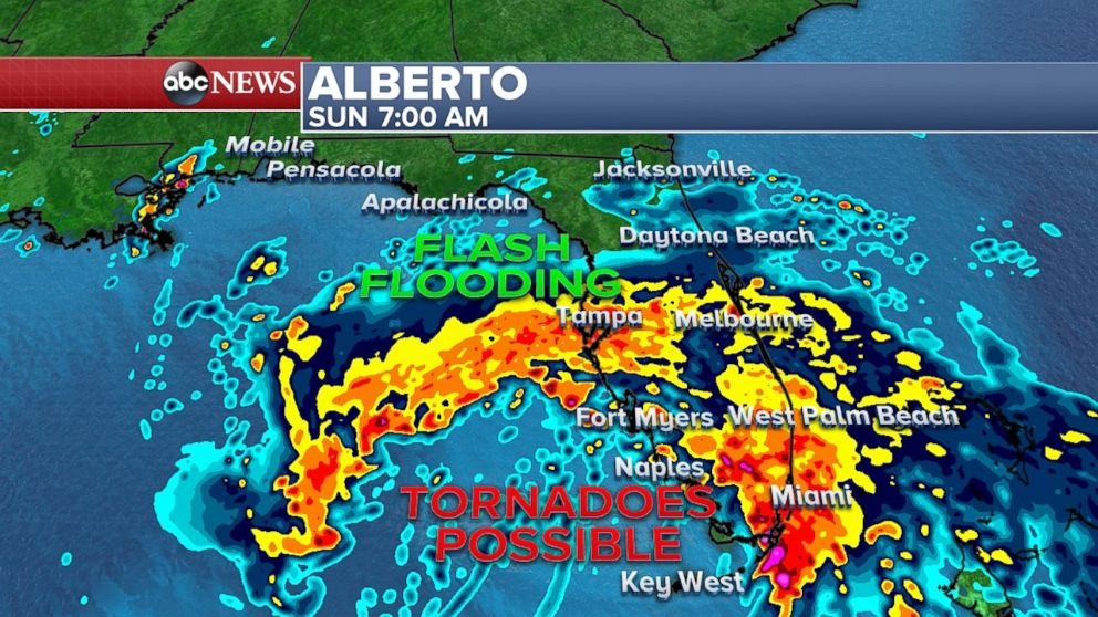 Thousands evacuate as Alberto bears down on northern Gulf Coast
