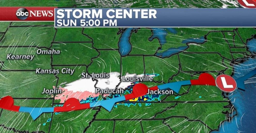 Snow and mixed precipitation sweep through Missouri, Southern Illinois and Kentucky on Sunday night