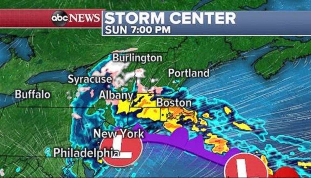 PHOTO: New York and New England will feel the full brunt of the storm by Sunday afternoon and evening.