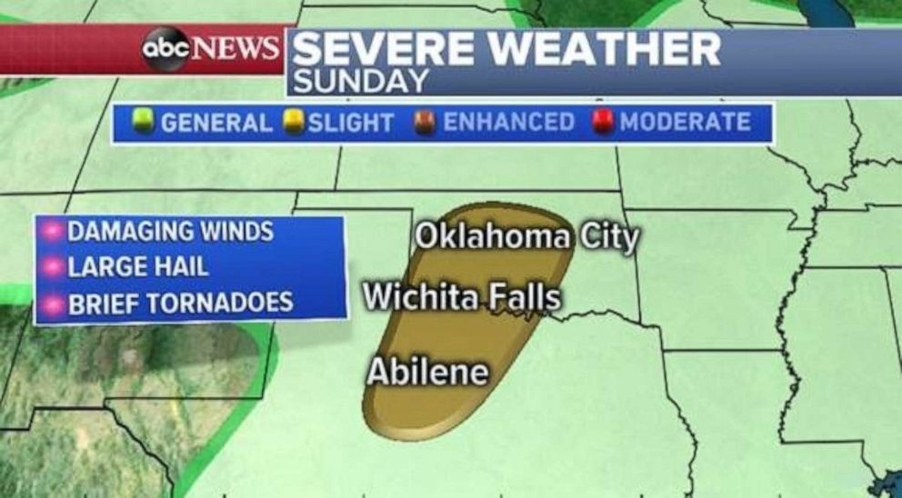 PHOTO: A chance for damaging winds and large hail exists in central Oklahoma and northern Texas on Sunday.