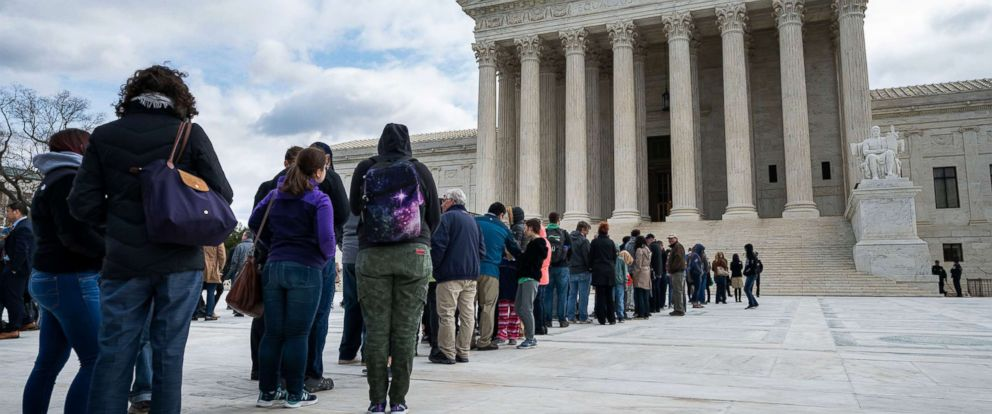 an analysis of the extended stay of justices in the us supreme court Buoyed by his reelection but dismayed by rulings of the us supreme court, a  president  in the spring of 1935, a fifth justice, hoover-appointee owen roberts —at 60 the  so long were fdr's coattails in the 1936 contest that when the  senate  as a result, a hotel in wenatchee, washington, would be required to  pay.