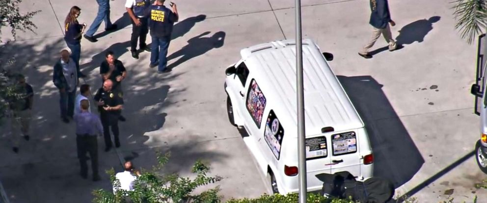 PHOTO: The vehicle belonging to the suspect in custody for an apparent mass mail bombing plot is in the process of being taken away by authorities in Plantation, Fla., Oct. 26, 2018.