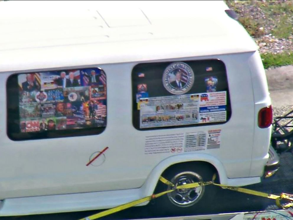 PHOTO: In this still image taken from WPLG video, a van is towed on Oct. 26, 2018, in Plantation, Fla., in connection with the 12 pipe bombs and suspicious packages mailed to top Democrats.