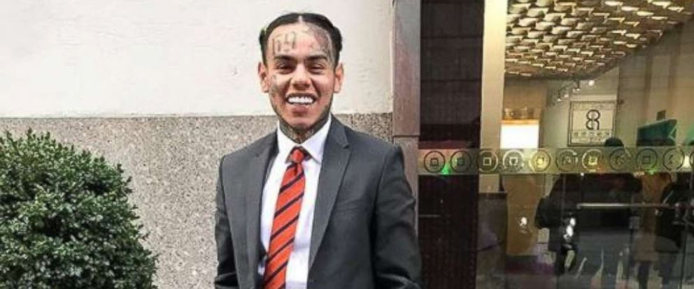 PHOTO: Rapper 6ix9ine, of Tekashi69, was sentenced to four years probation in New York City on Friday, Oct. 26, 2018, stemming from a conviction for appearing in a video with a naked, underage girl in 2015.