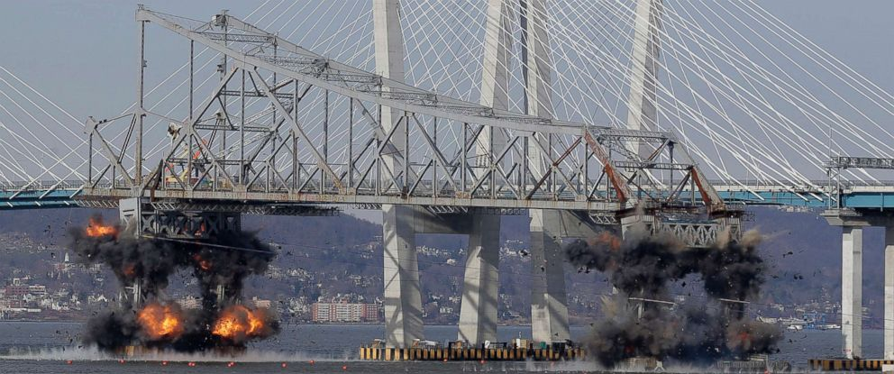 PHOTO: A section of the old Tappan Zee Bridge is brought down with explosives in this view from Tarrytown, N.Y., Jan. 15, 2019.