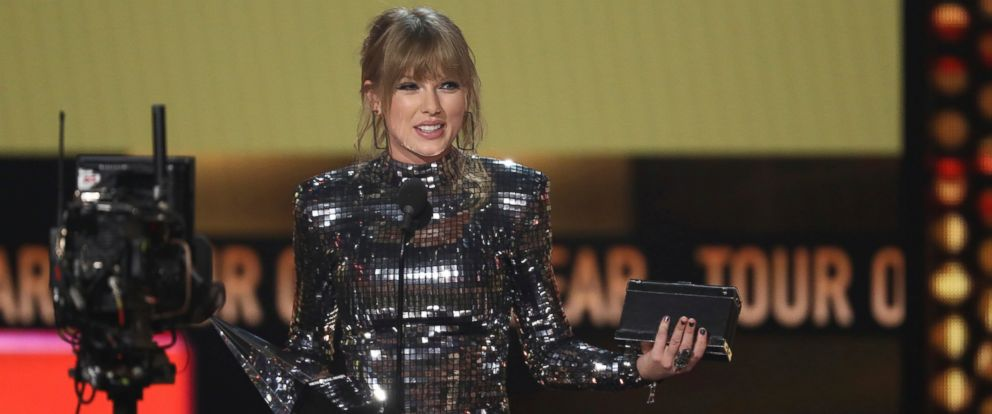 PHOTO: Taylor Swift accepts the award for tour of the year at the American Music Awards on Tuesday, Oct. 9, 2018, at the Microsoft Theater in Los Angeles.