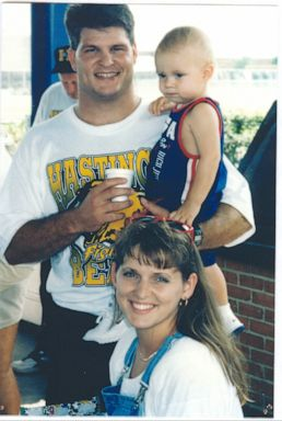 PHOTO: Belinda and David Temple with their son Evan.