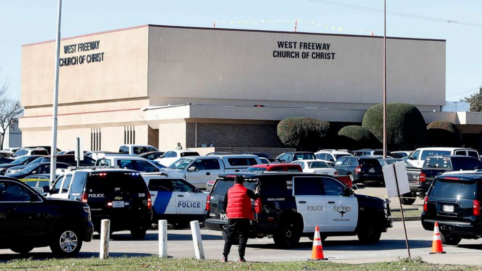 3 dead including suspect in shooting at Texas church