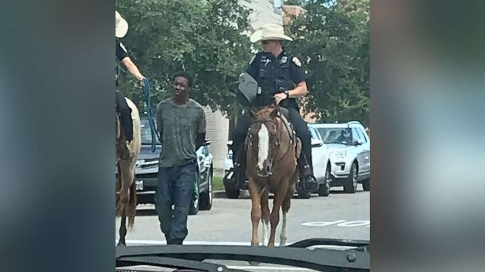 No criminal investigation for Texas police who led a black man by a rope thumbnail