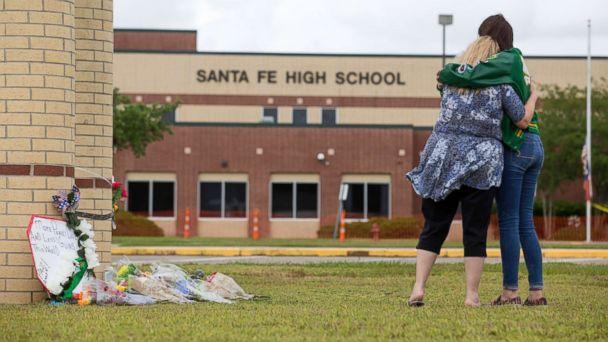 https://s.abcnews.com/images/US/texas-shooting-moment-silence-rd-mem-180521_hpMain_16x9_608.jpg