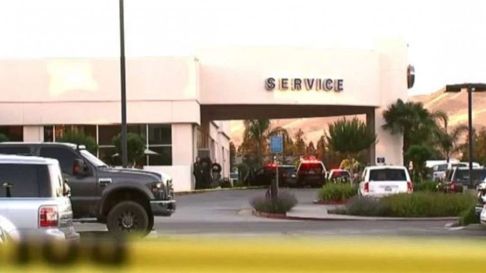 3 dead, including suspect, after shooting at Northern California Ford dealership thumbnail