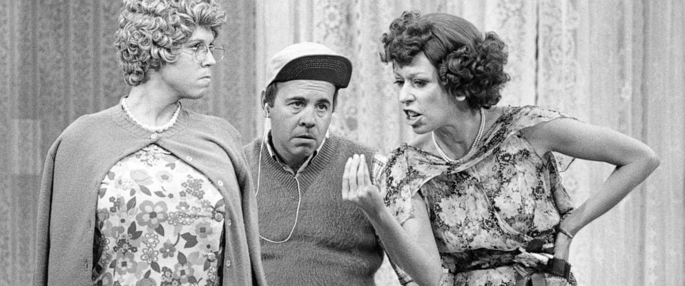 """PHOTO: LOS ANGELES - DECEMBER 2: The Carol Burnett Show, featuring from left: Tim Conway stars in """"The Carol Burnett Show,"""" with Vicki Lawrence and Carol Burnett, Dec. 2, 1977."""