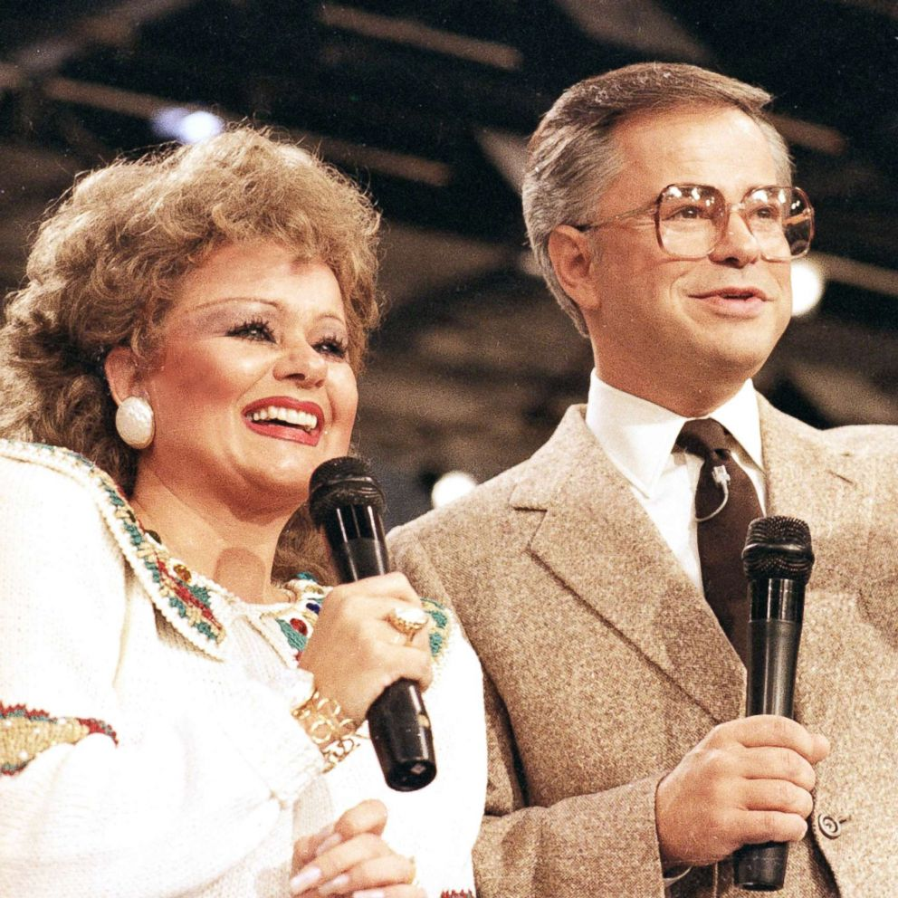 The Scandals That Brought Down The Bakkers Once Among Us S Most Famous Televangelists Abc News