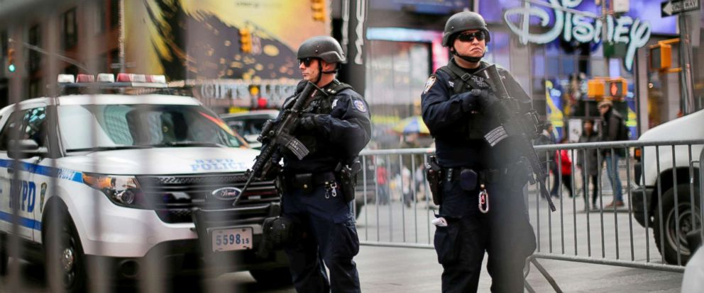 PHOTO: Members of the New York Police Departments Counterterrorism Bureau stand guard before Christmas Eve at Times Square in New York City, Dec.24, 2017.