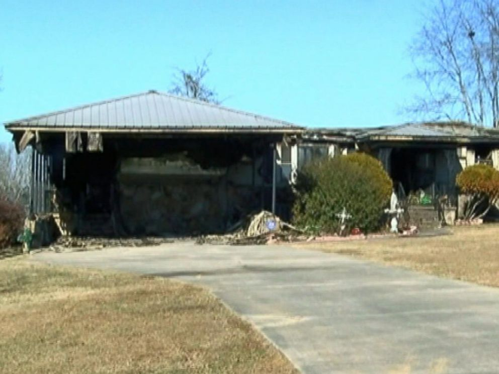 PHOTO: Roy Moore accuser Tina Johnsons home in Gadsden, Ala., is pictured after a house fire on Jan. 3, 2018.