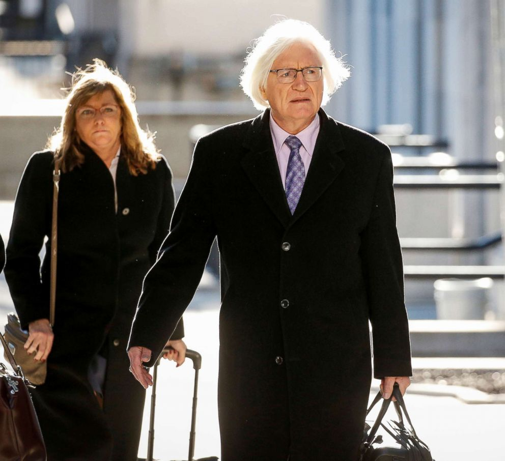 PHOTO: Bill Cosbys lawyer Tom Mesereau arrives for a pretrial hearing for Cosbys sexual assault trial at the Montgomery County Courthouse in Norristown, Pa., on March 5, 2018.