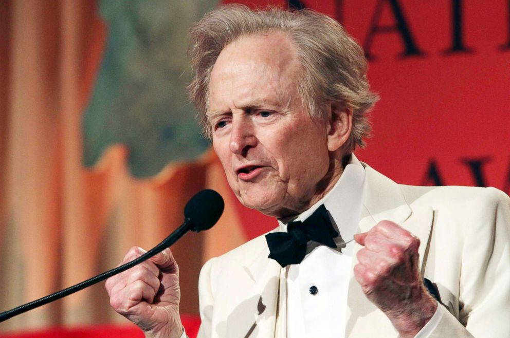 PHOTO: Tom Wolfe gestures as he speaks at the National Book Awards on Nov. 17, 2010, in New York. Wolfe was presented with the Medal for Distinguished Contribution to American Letters at the event.