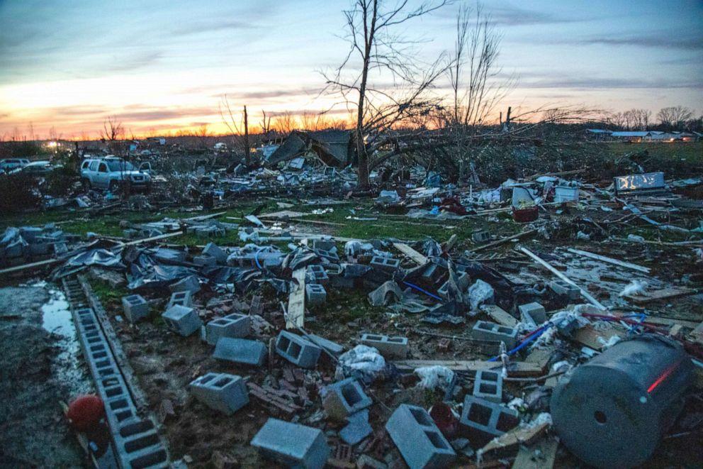 tornado-3-nc-er-200304_hpEmbed_3x2_992.jpg