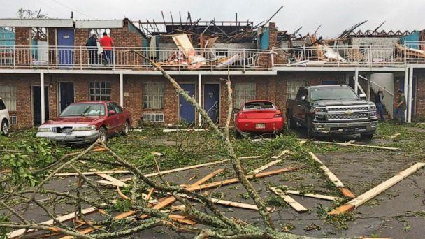 Mother, son killed as tornado slams Louisiana